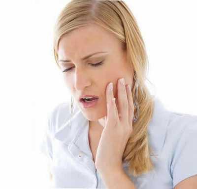 После удаления зуба десны мало